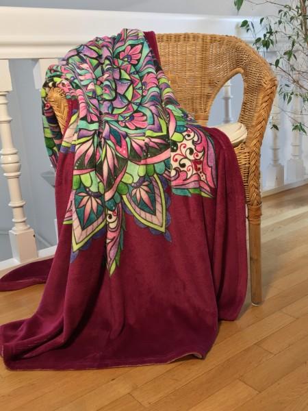 Energetisierte Decke mit Mandala